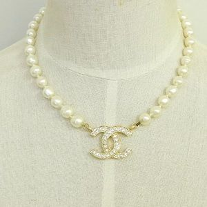 Chanel hold plated CC Logo pearl vintage necklace